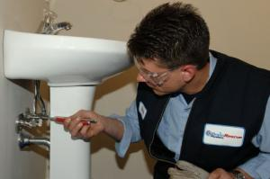 our service pros install bathroom fixtures in Inglewood